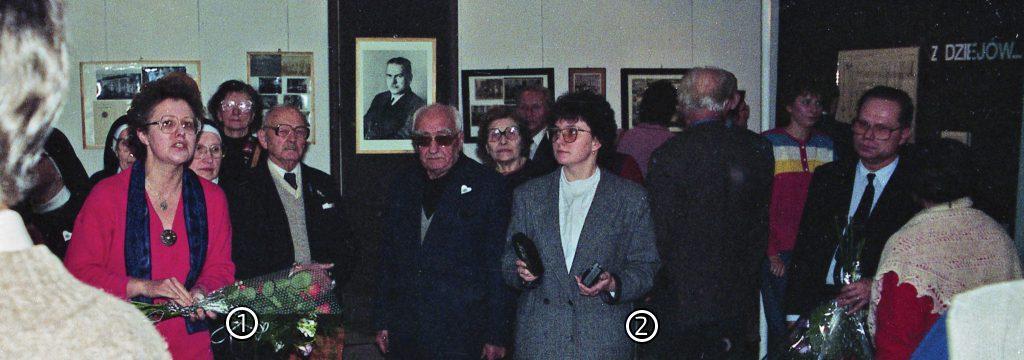 Barbara Rogalska – komisarz Wystawy – prezentuje wystawę